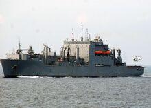 1280px-USNS Robert E Peary T-AKE-5