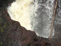 Devil's Kettle Falls pothole 1