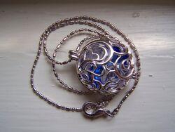 Necklace by nikayla45