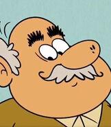 Hector Casagrande in The Casagrandes (Show)