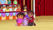 Dora.the.Explorer.S07E19.Dora.and.Diegos.Amazing.Animal.Circus.Adventure.720p.WEB-DL.x264.AAC.mp4 001279069