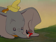 Dumbo-disneyscreencaps.com-6859