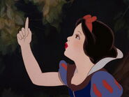Snow-white-disneyscreencaps.com-1420