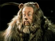 The-cowardly-lion-the-wizard-of-oz-4109278-500-375