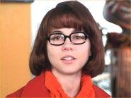 Velma Dinkley (Linda Cardllini)