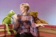Fozzie making Sandy Duncan laugh with his banana sketch joke