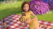 Bee-movie-disneyscreencaps.com-3522