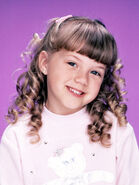 Stephanie Tanner (from Full House) as Isa the Iguana