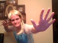 Me as elsa frozen on halloween 2015 by nikkdisneylover8390-d9expjz