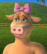 Daisy-the-cow-barnyard-9.47