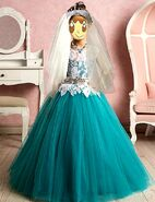 2020 Sandra Cure Clover - Classic Veiled Princess
