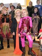 Sharkboy-and-lavagirl-costumes-lava-girl-costume-yahoo-image-search-results