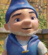 Gnomeo in Sherlock Gnomes