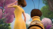 Bee-movie-disneyscreencaps.com-3570
