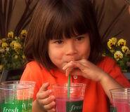 694911-making-juice