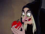 Snow-white-disneyscreencaps.com-8331