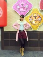 384full-kasumi-momochi