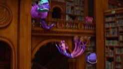 Monsters-university-disneyscreencaps.com-5944