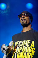 160px-Snoop Dogg on Stage