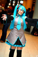 Hatsune miku cosplay dtac 2012 by bonbonmui-d64990s