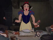 Snow-white-disneyscreencaps.com-8108