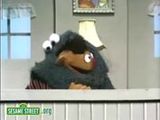 Ernie & Cookie are sad when they dropped their cookie
