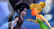 TinkerBell anguring with Vidia