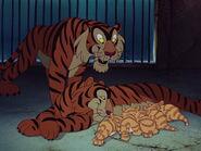 Dumbo-disneyscreencaps.com-227