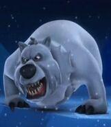 Polar-bear-back-at-the-barnyard-65.1