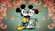 Mickey-croissant-disneyscreencaps.com-411
