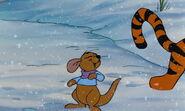 Winnie-the-pooh-disneyscreencaps.com-7133