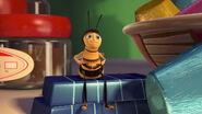 Bee-movie-disneyscreencaps.com-2872
