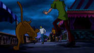 Scooby running