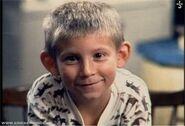 Dewey as Bobby Brady