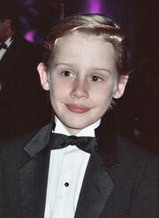 Macaulay Culkin 1991 B