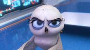 Eva-she-looks-so-cool-penguins-of-madagascar-37369283-691-387