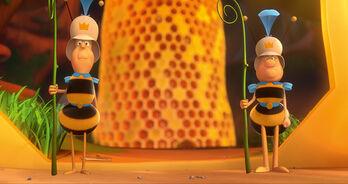 Bee Guards (Maya the Bee)