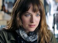 Anastasia-steele-fifty-shades-of-greyjpg-3