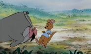 Winnie-the-pooh-disneyscreencaps.com-2678