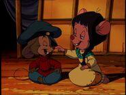 Princess Cholena tickles Fievel