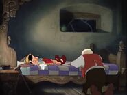 Geppetto mourns over Pinocchio's death