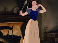 Snow-white-disneyscreencaps.com-5447