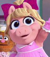 Baby Piggy in Muppet Babies (2018)