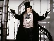 Batman-returns -the-penguin-wallpapers 25785 1024x768