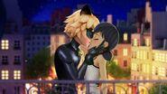 Marichat rooftop kiss