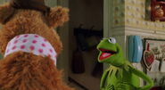Muppets-from-space-disneyscreencaps.com-3871