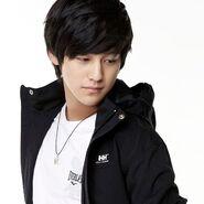 Kim-Bum-So-Yi-Jung-boys-before-flowers-26157745-384-384