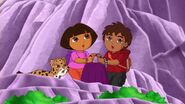 Dora.the.Explorer.S08E15.Dora.and.Diego.in.the.Time.of.Dinosaurs.WEBRip.x264.AAC.mp4 001043208