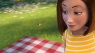 Bee-movie-disneyscreencaps.com-3531