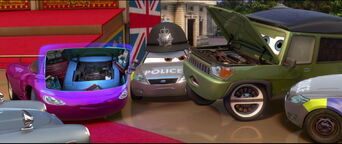 Cars2-disneyscreencaps.com-10880
